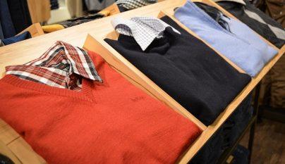 buzoneo-en-tienda-de-ropa