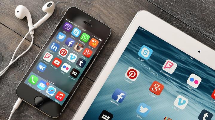 redes-sociales-movil-y-tablet