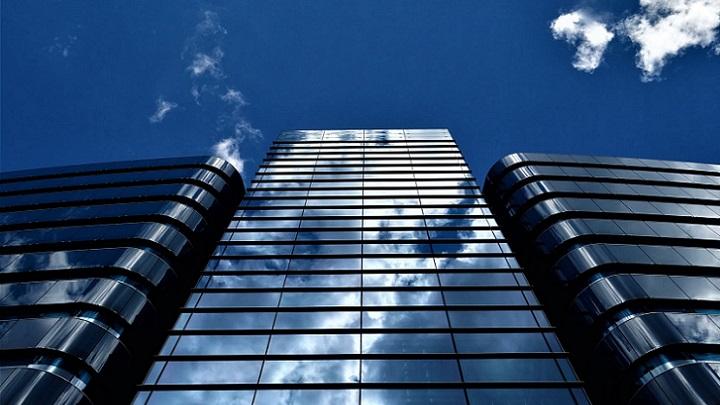 edificios-ante-el-cielo