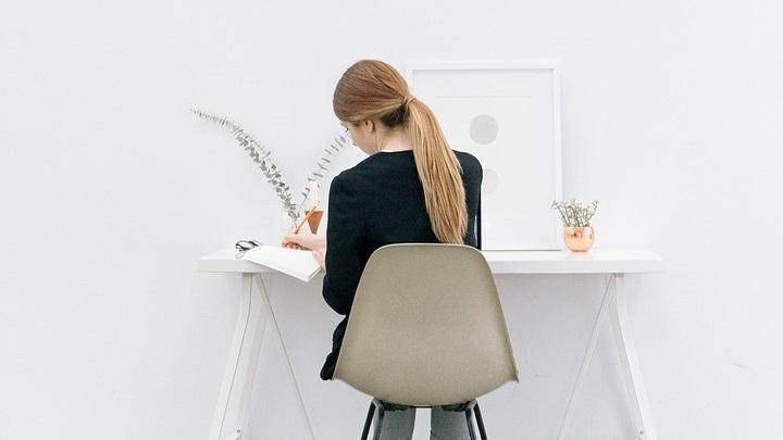 chica-trabajando