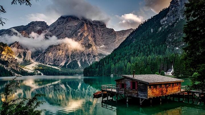 casa-junto-al-lago