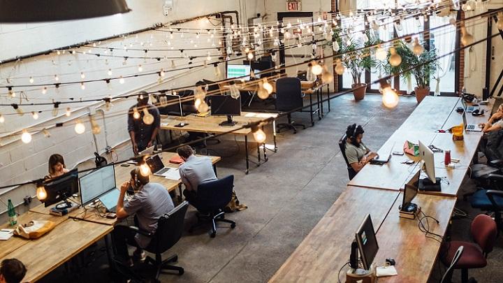 iluminacion-de-espacio-coworking