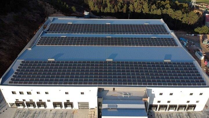 planta-de-ultracongelados-con-placas-solares